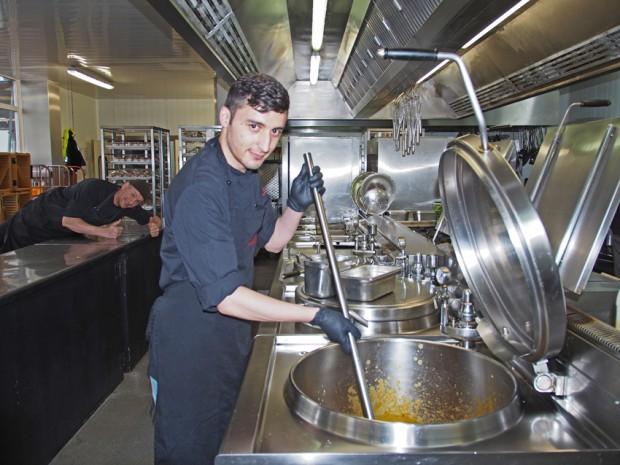 Jungkoch in der Großküche